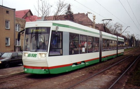 Pierwszy od wielu lat niskopodłogowy tramwaj w Szczecinie, kursujący na zwykłej linii tramwajowej