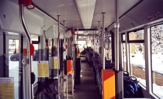 Wnętrze krakowskiego wagonu NGT6