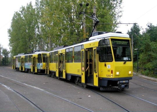 Skład Tatr T6A2D na linii 67