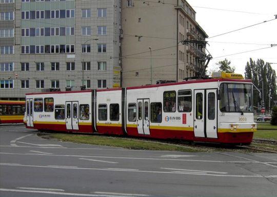 Tramwaj typu 116Na na warszawskiej linii 22
