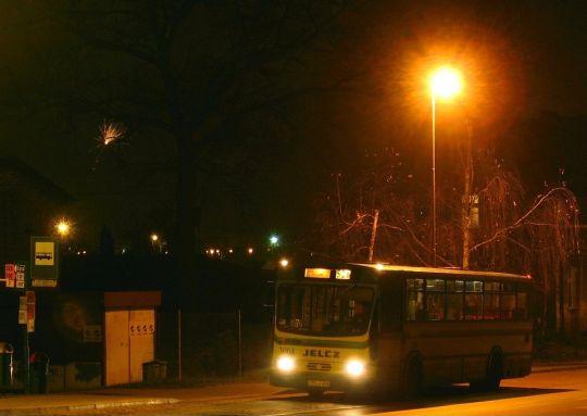 W Policach fajerwerki można było zobaczyć już kilka nocy przed końcem 2006 roku