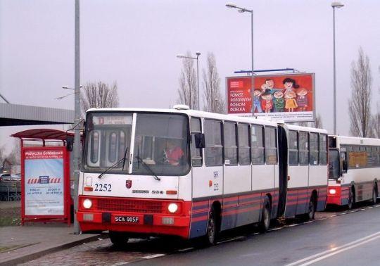 Ikarus 280 na pospiesznej linii D