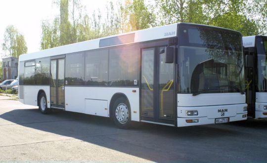Pierwsze w Policach 12-metrowe autobusy dwudrzwiowe