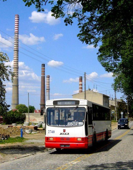 Od kilku tygodni w tej okolicy pojawiają się nie tylko autobusy linii 66