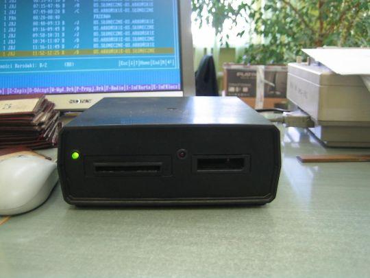 Czytnik-programator CRG2000