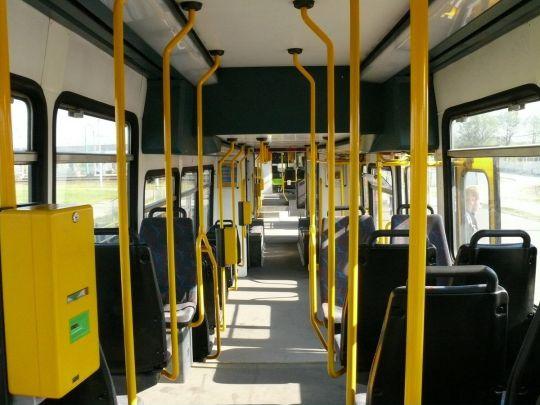 Wnętrze tramwaju RT6N1