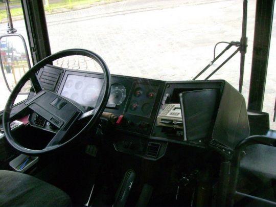 Stanowisko pracy kierowcy w Volvo B10MA #1578
