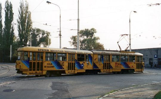 Wagon 615 zjeżdża do swojej tymczasowej zajezdni