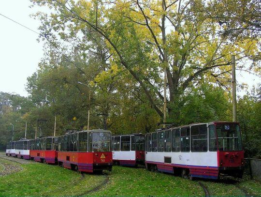 Jesienna zajezdnia w Lasku Arkońskim