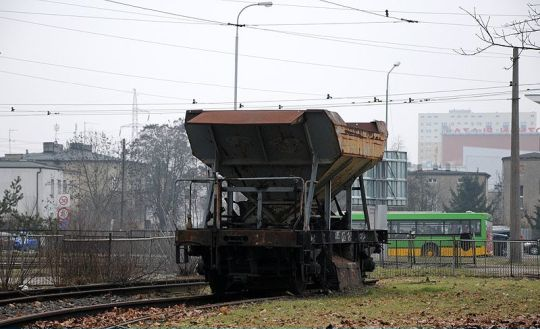 Kolejowy akcent na pętli Piątkowska w Poznaniu