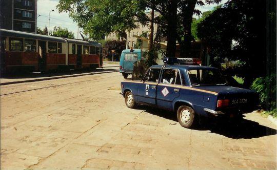 Fiat 125p pełniący funkcję Nadzoru Ruchu