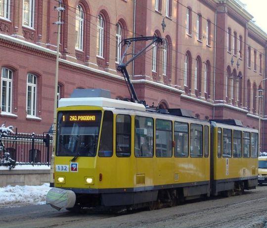 Ostatnia Tatra z najnowszej dostawy poznaje walory niektórych szczecińskich torowisk