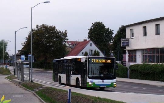 """""""Lew Dąbia"""" na nowym przystanku przesiadkowym w Zdrojach"""
