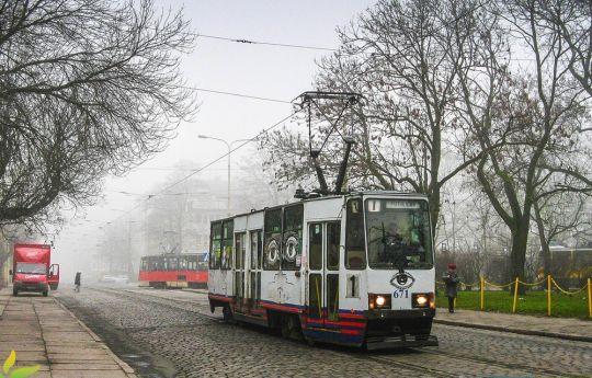 """Wspomnień czar - """"stopiątka"""" we mgle"""