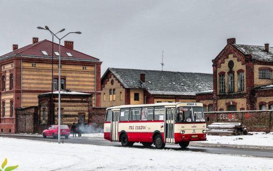 Podczas niedzielnego Finału Wielkiej Orkiestry Świątecznej Pomocy na szczecińskich ulicach można było zobaczyć zabytkowy autobus