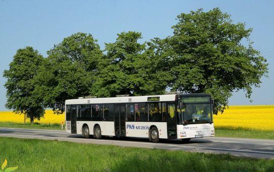 W 2018 roku PKS Szczecin sprowadził podmiejskie autobusy 15-metrowe z ciekawym układem drzwi 1-2-1