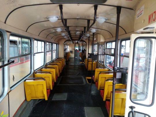 Wnętrze wagonu 102Na #606